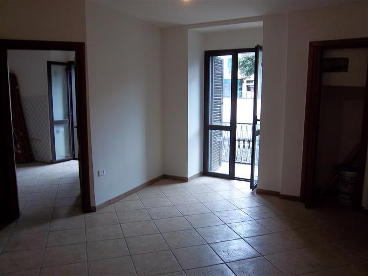 Appartamento in affitto a Cosenza, 4 locali, zona Zona: Centro Storico, prezzo € 450 | Cambio Casa.it