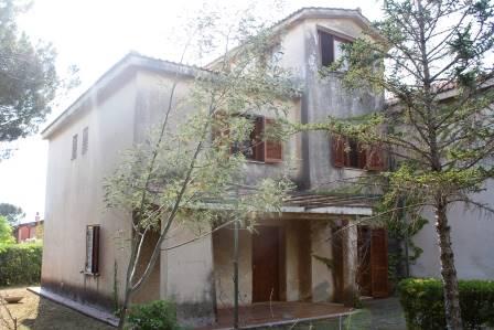 Villa Bifamiliare in Vendita a Sangineto