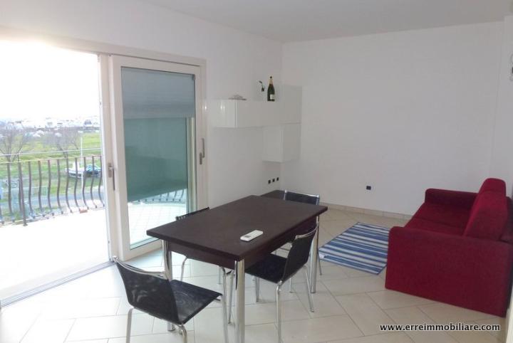 Attico / Mansarda in vendita a Scarlino, 4 locali, zona Zona: Puntone, prezzo € 300.000 | Cambio Casa.it