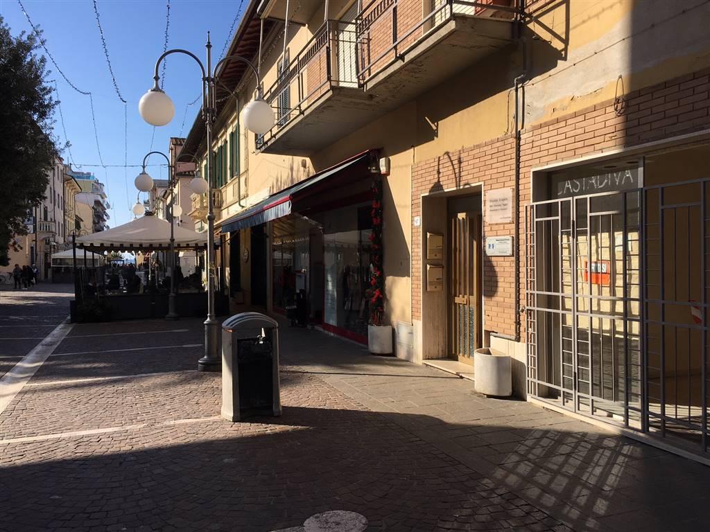 Attività / Licenza in affitto a Follonica, 1 locali, zona Località: CENTRO, Trattative riservate | CambioCasa.it
