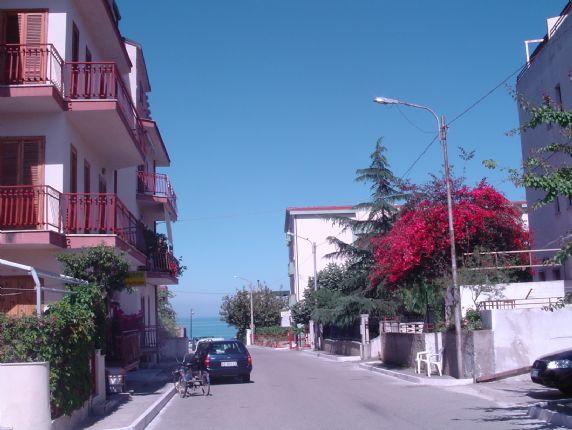 Quadrilocale in affitto a Roseto Capo Spulico