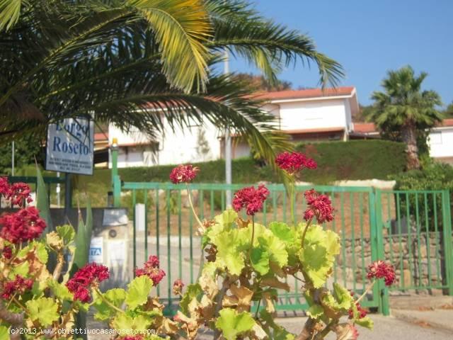 5 locali in vendita a Roseto Capo Spulico