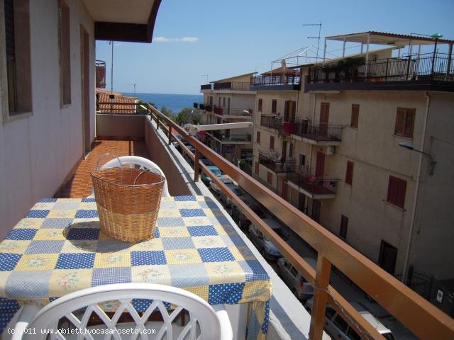 Appartamento in affitto a Roseto Capo Spulico, 3 locali, zona Località: MARINA SOTTO FERROVIA, Trattative riservate | CambioCasa.it