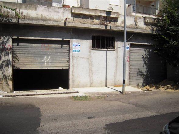 Box / Garage in Vendita a Roseto Capo Spulico