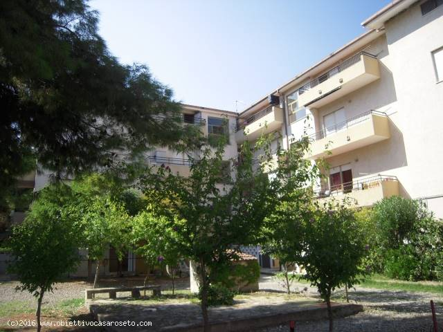 Appartamento in vendita a Roseto Capo Spulico, 2 locali, zona Località: MARINA SOTTO FERROVIA, prezzo € 32.000 | CambioCasa.it