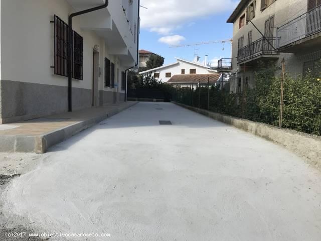 Appartamento in vendita a Roseto Capo Spulico, 3 locali, zona Località: MARINA SOPRA FERROVIA, prezzo € 36.000 | CambioCasa.it