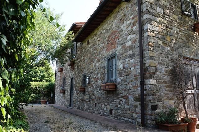 Soluzione Indipendente in vendita a Impruneta, 14 locali, zona Zona: Pozzolatico, Trattative riservate | Cambio Casa.it