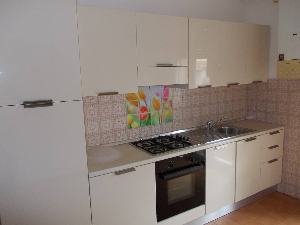 Appartamento in affitto a Occhiobello, 4 locali, zona Zona: Santa Maria Maddalena, prezzo € 400 | Cambio Casa.it