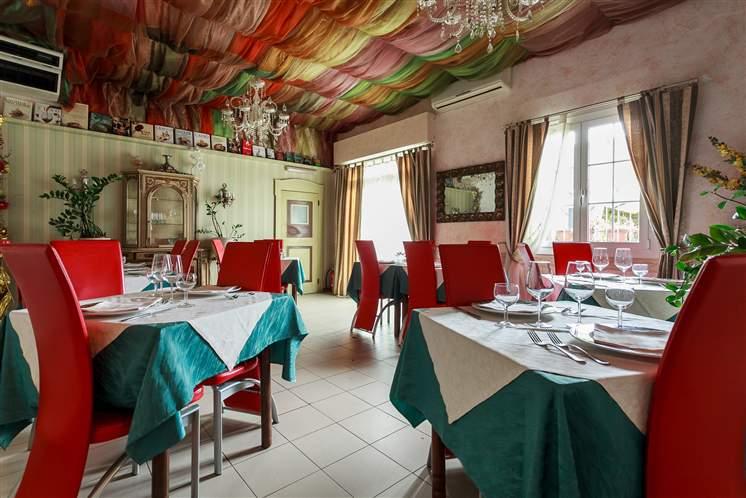 Ristorante / Pizzeria / Trattoria in vendita a Malalbergo, 9999 locali, zona Zona: Altedo, prezzo € 39.000 | Cambio Casa.it