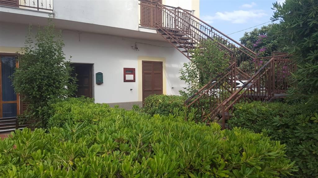 Soluzione Indipendente in vendita a Pisticci, 10 locali, zona Località: TINCHI, prezzo € 150.000 | Cambio Casa.it