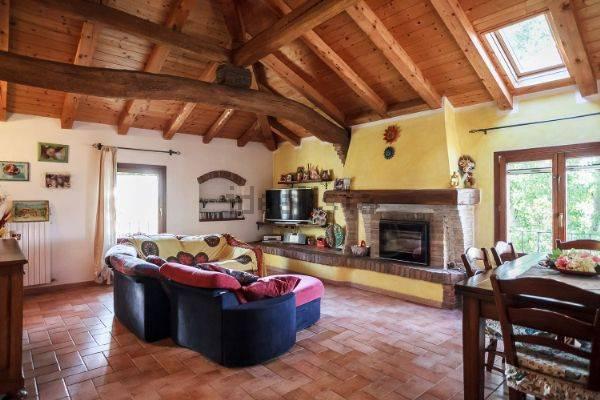 Rustico / Casale in vendita a Bentivoglio, 5 locali, zona Zona: Santa Maria in Duno, prezzo € 490.000 | CambioCasa.it