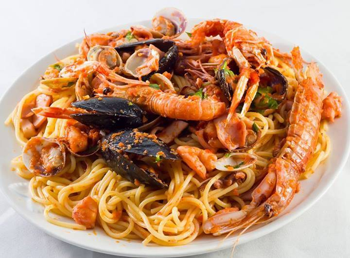 Ristorante / Pizzeria / Trattoria in vendita a Castel Maggiore, 4 locali, Trattative riservate   Cambio Casa.it