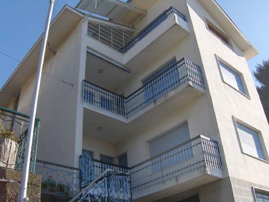 Soluzione Indipendente in vendita a Biella, 12 locali, zona Località: COSSILA / FAVARO / OROPA, prezzo € 170.000 | Cambio Casa.it