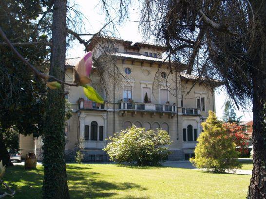 Foto - Villa In Vendita Cossato