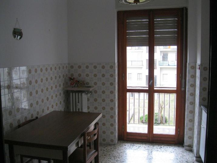 Appartamento in affitto a Vigliano Biellese, 4 locali, prezzo € 550   Cambio Casa.it