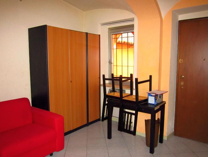 Soluzione Indipendente in vendita a Biella, 1 locali, zona Zona: Centro, prezzo € 25.000 | Cambio Casa.it