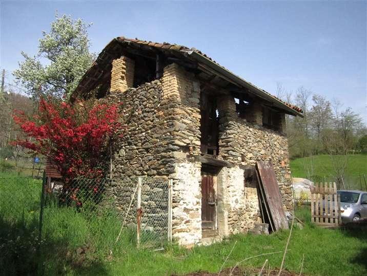 Rustico / Casale in vendita a Pollone, 2 locali, prezzo € 43.000 | Cambio Casa.it
