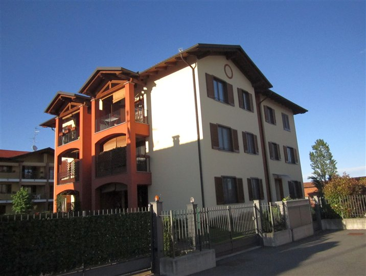 Appartamento in vendita a Vigliano Biellese, 3 locali, prezzo € 95.000 | Cambio Casa.it