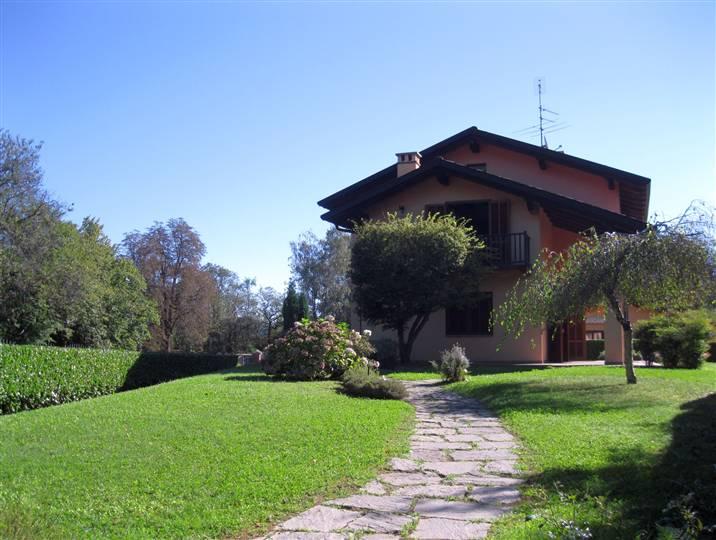 Villa in vendita a Graglia, 8 locali, prezzo € 380.000 | Cambio Casa.it