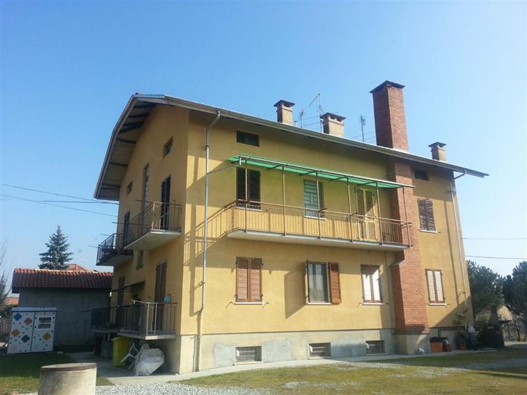 Appartamento in vendita a Candelo, 3 locali, prezzo € 65.000 | Cambio Casa.it