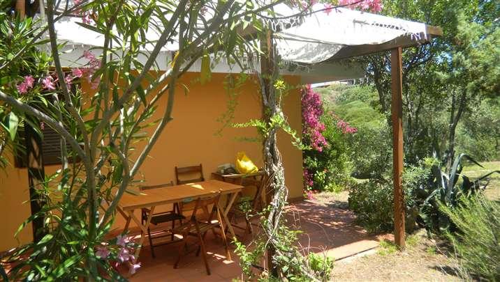 Soluzione Indipendente in affitto a Santa Teresa Gallura, 5 locali, prezzo € 480 | Cambio Casa.it