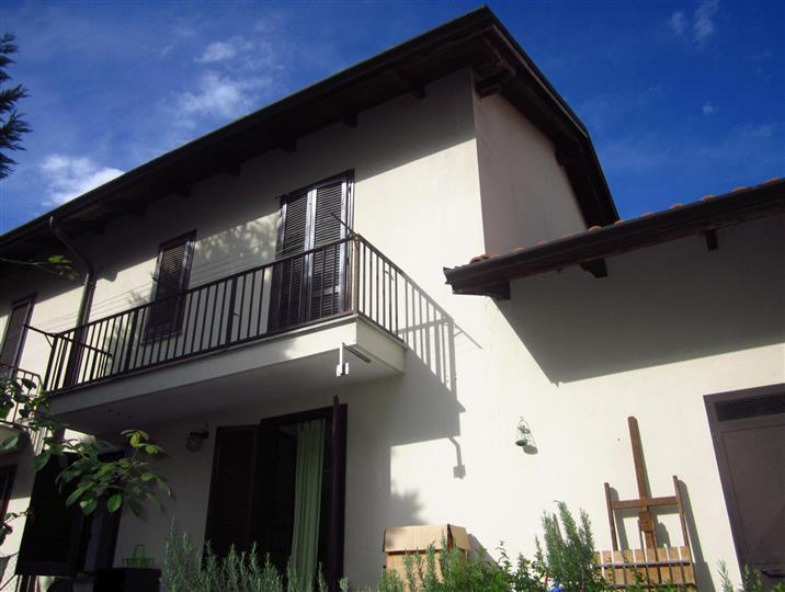 Villa a Schiera in Vendita a Cossato