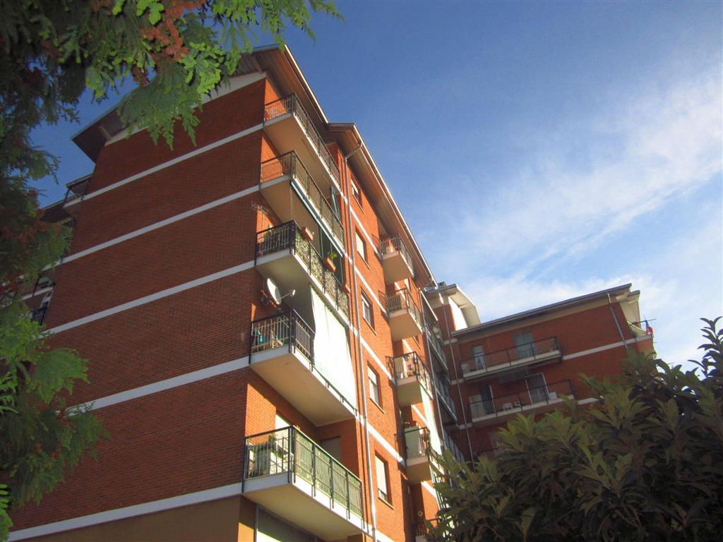 Appartamento in vendita a Cossato, 4 locali, prezzo € 75.000 | Cambio Casa.it
