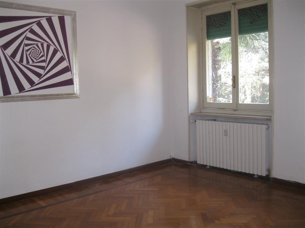Appartamento in affitto a Biella, 3 locali, zona Zona: Centro, prezzo € 360 | Cambio Casa.it