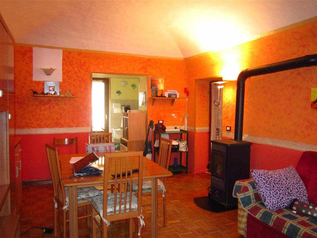 Soluzione Semindipendente in vendita a Vallanzengo, 6 locali, prezzo € 68.000 | Cambio Casa.it