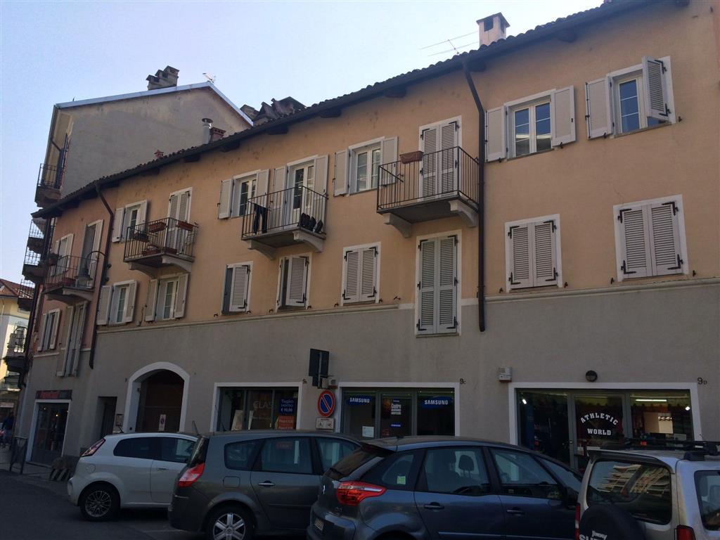 Negozio / Locale in vendita a Biella, 2 locali, zona Zona: Centro, prezzo € 65.000 | Cambio Casa.it