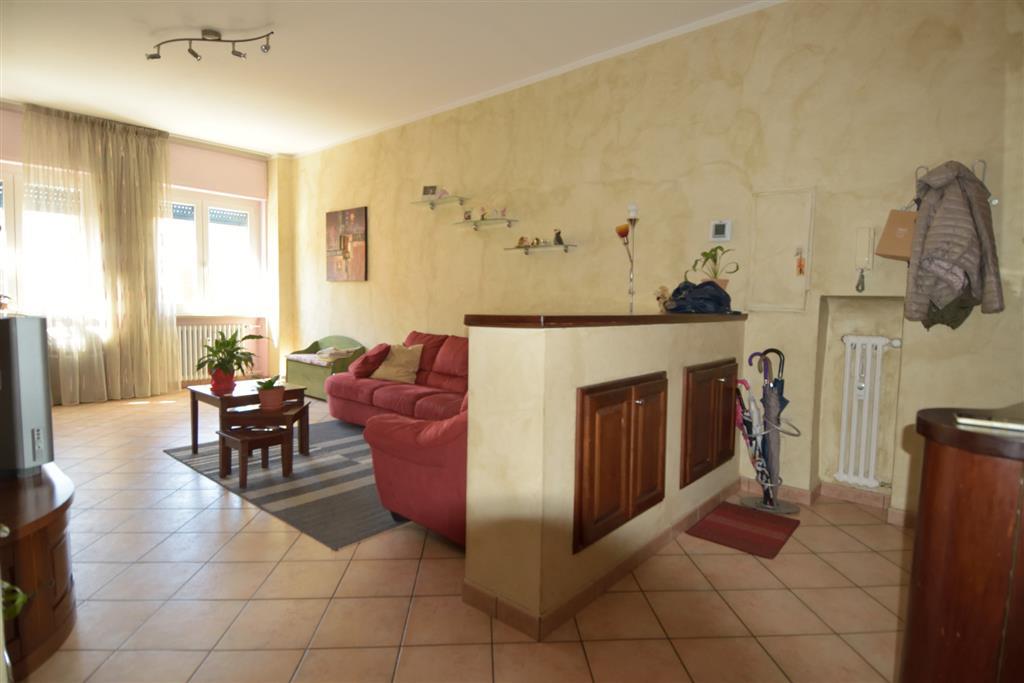 Appartamento in vendita a Vigliano Biellese, 4 locali, prezzo € 69.000 | Cambio Casa.it