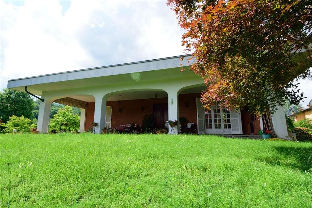 Villa in vendita a Camburzano, 8 locali, prezzo € 490.000 | Cambio Casa.it
