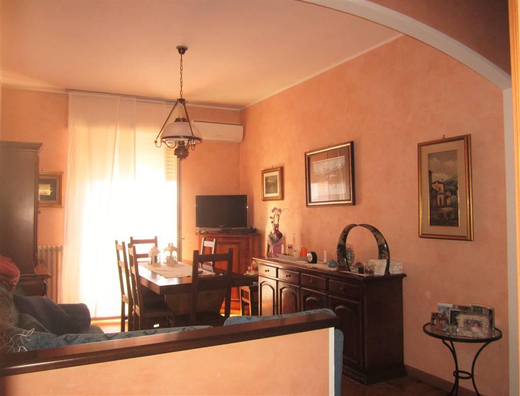 Appartamento in vendita a Cossato, 4 locali, prezzo € 80.000 | Cambio Casa.it