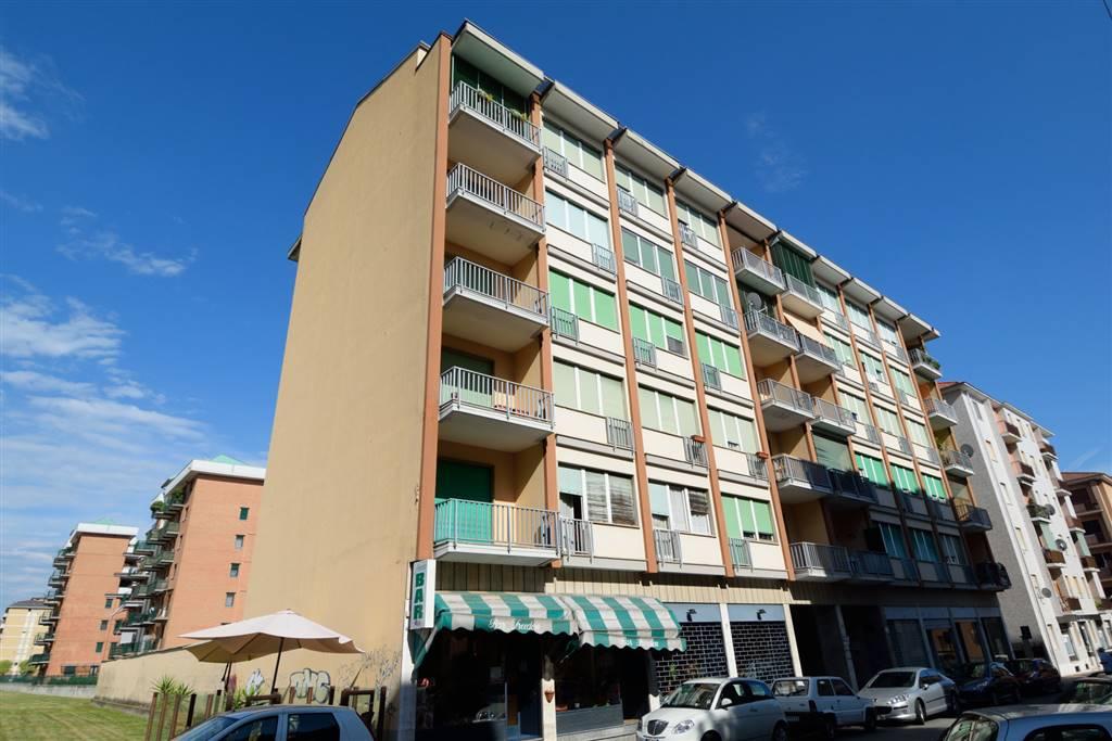 Appartamento in vendita a Biella, 3 locali, zona Località: PRESSI VIA ADDIS ABEBA, prezzo € 23.000 | Cambio Casa.it