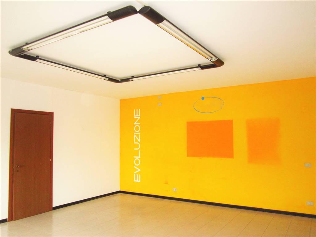 Ufficio / Studio in affitto a Cossato, 1 locali, prezzo € 450 | Cambio Casa.it