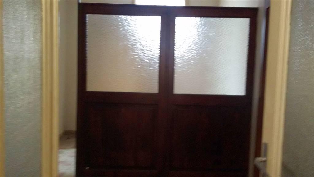 Appartamento in vendita a Biella, 4 locali, prezzo € 30.000 | Cambio Casa.it