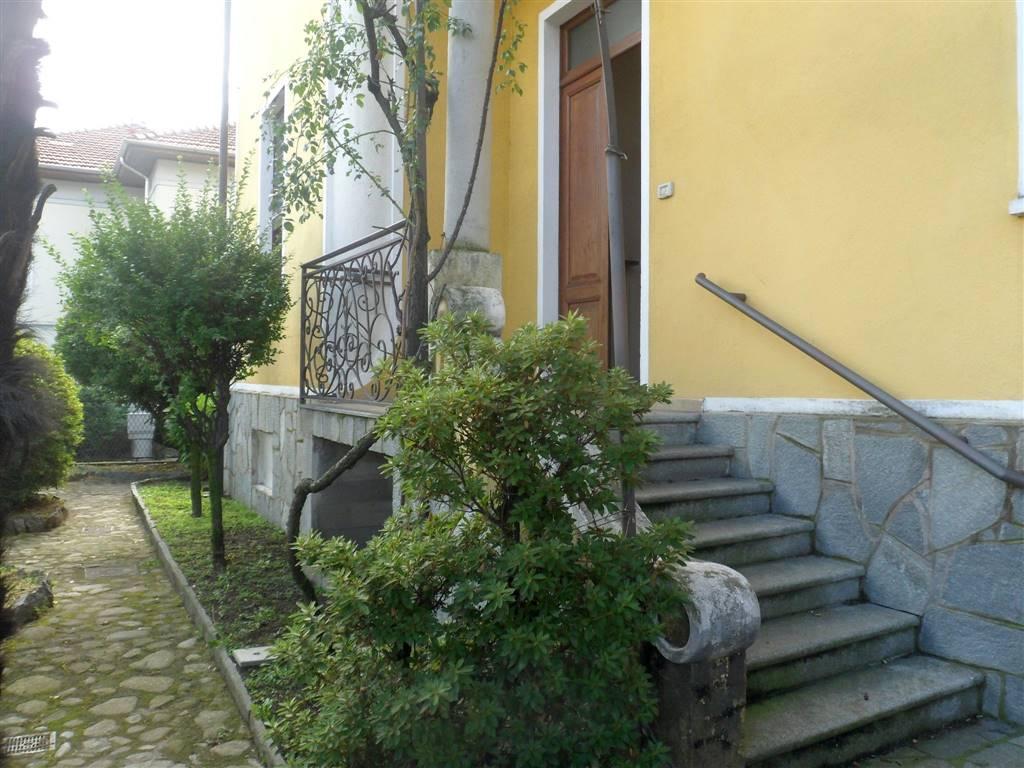 Soluzione Indipendente in affitto a Biella, 4 locali, zona Località: CHIAVAZZA, prezzo € 500 | Cambio Casa.it