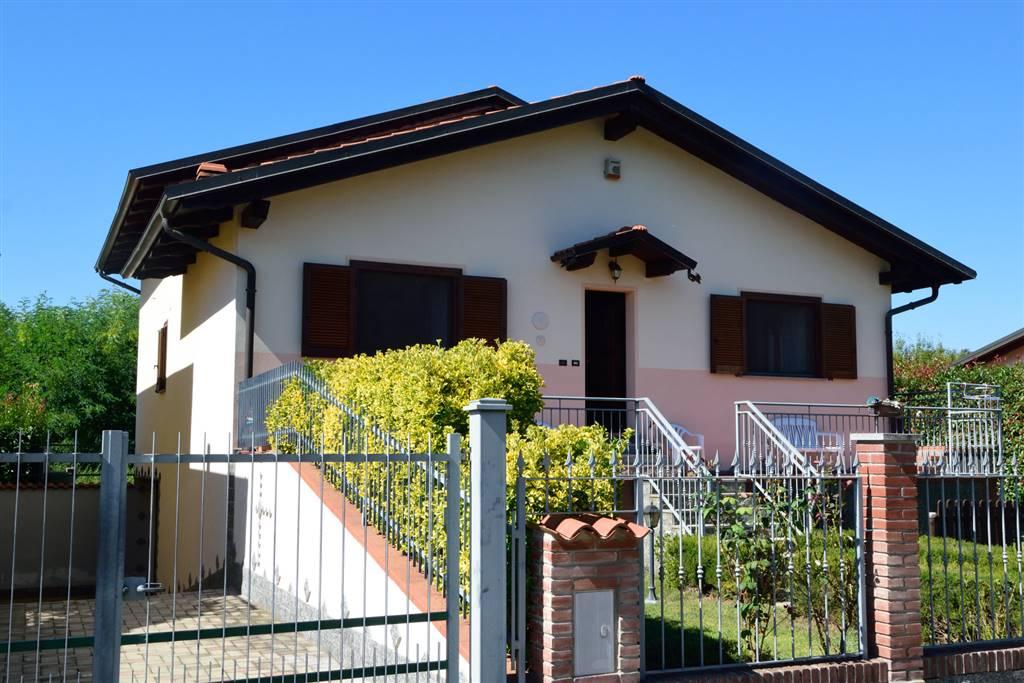 Villa in vendita a Cerrione, 5 locali, prezzo € 235.000 | Cambio Casa.it