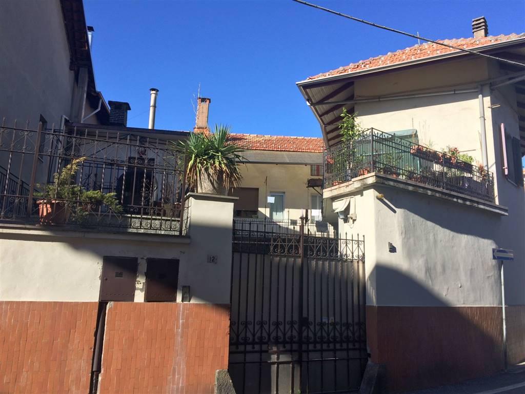 Villa Bifamiliare in Vendita a Candelo