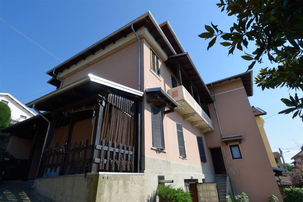 Villa in vendita a Cossato, 18 locali, prezzo € 225.000 | Cambio Casa.it