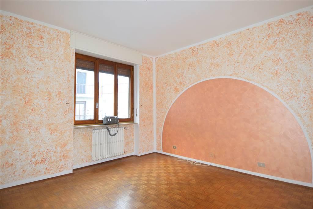 Appartamento in affitto a Cossato, 3 locali, prezzo € 300 | Cambio Casa.it