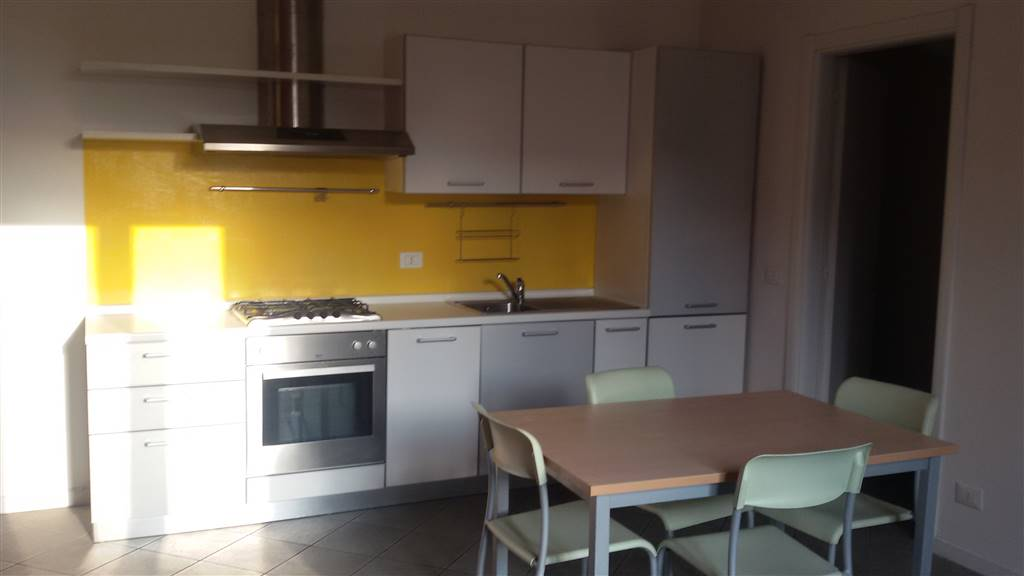 Appartamento in affitto a Biella, 2 locali, zona Zona: Centro, prezzo € 380 | Cambio Casa.it