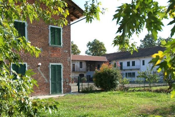 Soluzione Semindipendente in affitto a Rovasenda, 4 locali, prezzo € 460 | Cambio Casa.it