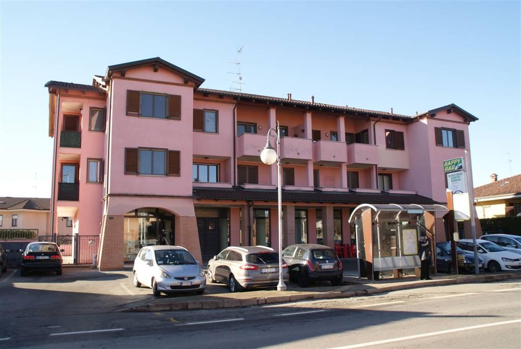 Bar in vendita a Briona, 4 locali, prezzo € 110.000 | Cambio Casa.it