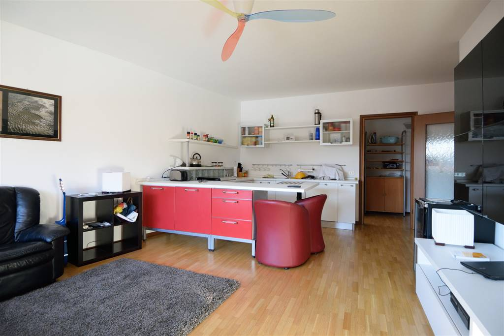 Appartamento in affitto a Biella, 2 locali, zona Località: PRESSI LICEO SCIENTIFICO, prezzo € 450 | Cambio Casa.it