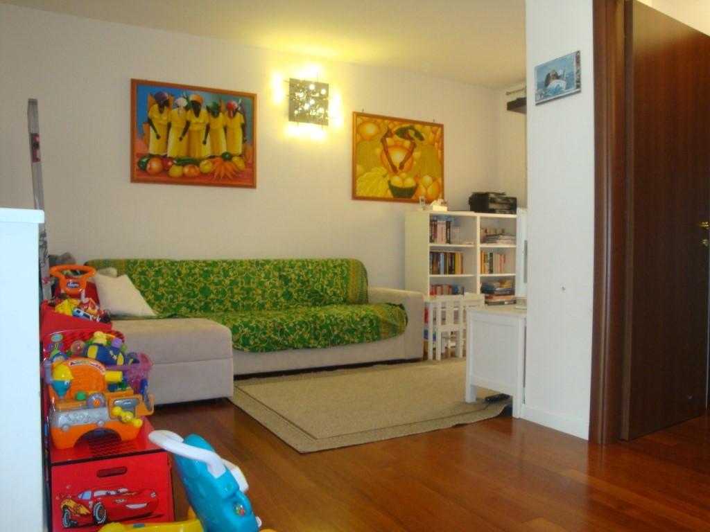 Appartamento in vendita a Inzago, 2 locali, zona Località: VILLAGGIO RESIDENZIALE, prezzo € 165.000   Cambio Casa.it