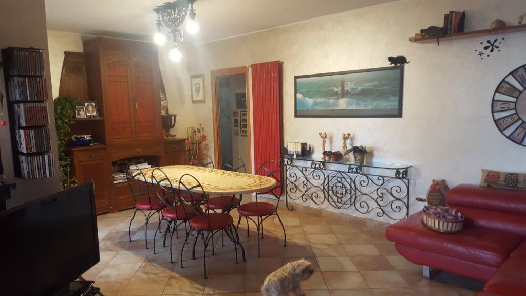 Appartamento in vendita a Inzago, 4 locali, zona Località: NAVIGLIO SUD, prezzo € 290.000 | Cambio Casa.it
