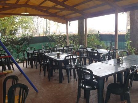 Attività / Licenza in vendita a Gessate, 10 locali, prezzo € 180.000 | Cambio Casa.it