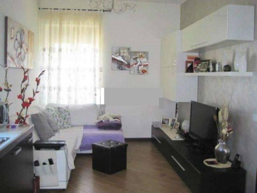 Soluzione Indipendente in vendita a Carugate, 3 locali, prezzo € 157.000 | Cambio Casa.it