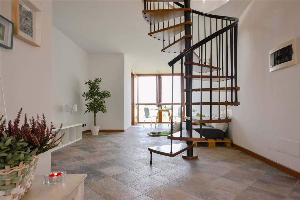 Appartamento in vendita a Carugate, 3 locali, zona Località: MILANO EST, prezzo € 245.000 | CambioCasa.it